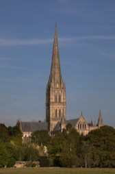UK19-253 Salisbury Cathedral from Harnham Water Meadows, Wiltshire