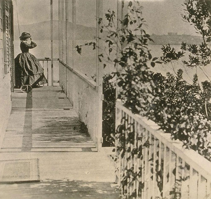 Mrs.-General-Fremont-at-her-home-on-Black-Point-now-Fort-Mason,-about-1863.jpg