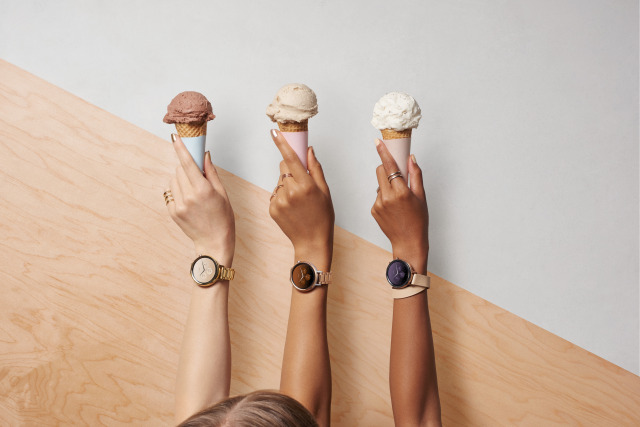 Smartwatches, Classic Watch Styles