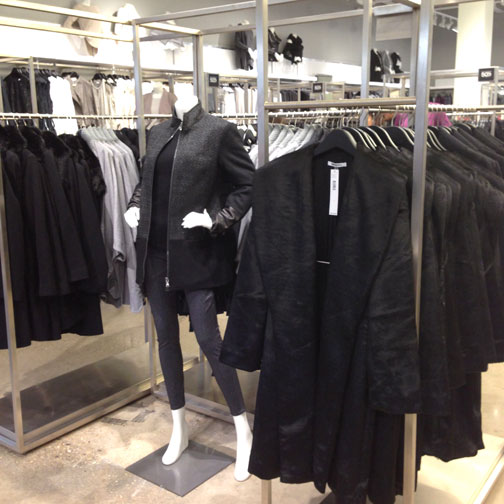 DKNY-Chicago-Premium-Outlets