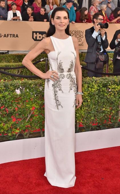 Julianne Margulies in Berardi white gown SAGs 2016