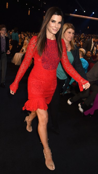Sandra Bullock in Monique Lhuillier