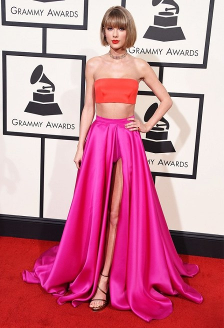 Taylor Swift red tube and hot pink skirt Atelier Versace Grammys 2016