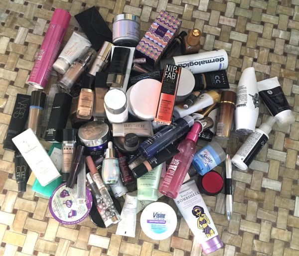 pile of beauty products caused allergies fountainof30