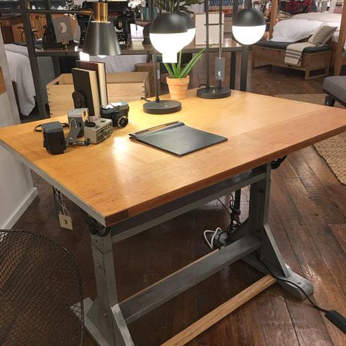 vintage-art-table