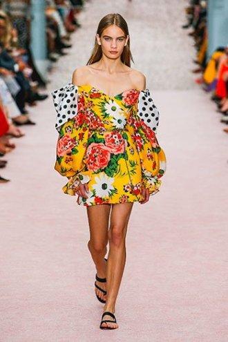 marigold yellow floral dress carolina herrera SS19