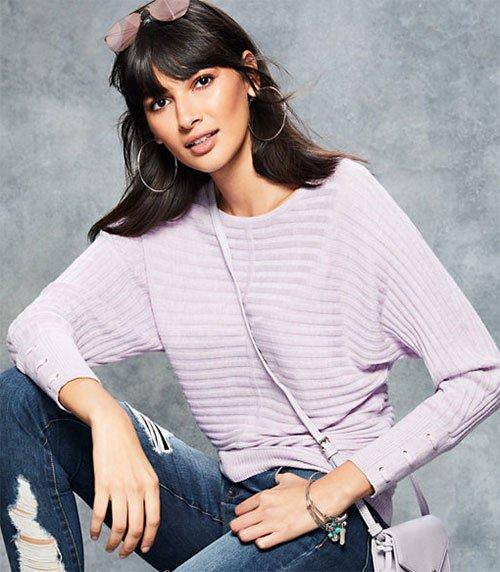 Kerry Washington Cozy Pastel Look lilac sweater on model