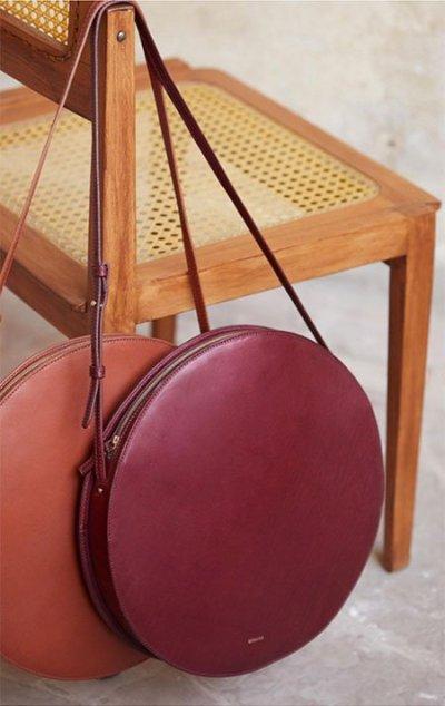 Jessica Beil casual style round burgundy bag