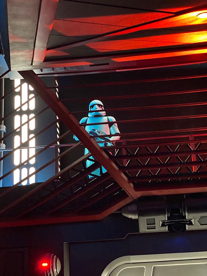 Stormtrooper disney world fountainof30