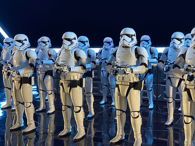 Rise of the Resistance Stormtroopers fountainof30