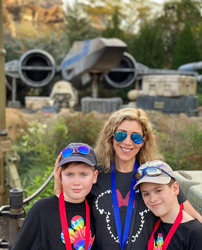 Lauren Dimet Waters 2 sons Disney fountainof30