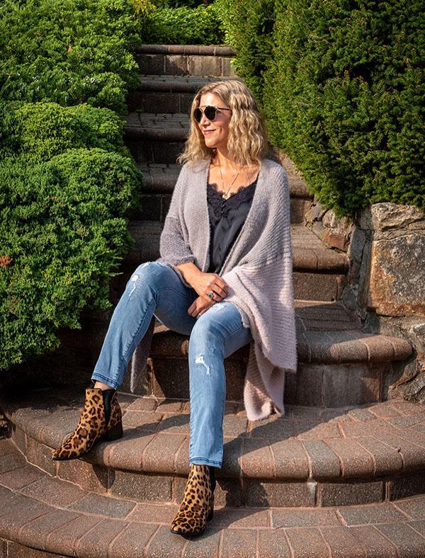 HUE Denim Leggings Lauren Dimet Waters fountainof30
