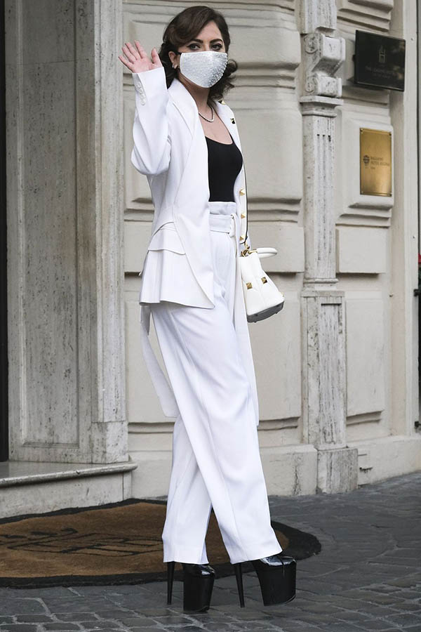 celebbities spring outfits lady gaga white max mara suit