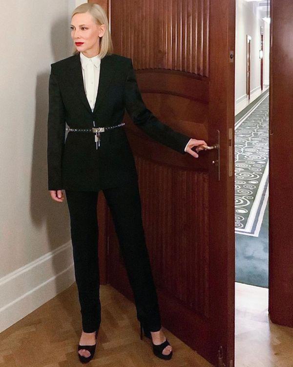 Cate Blamnchette black suit SAG Awards 2021 Fashion