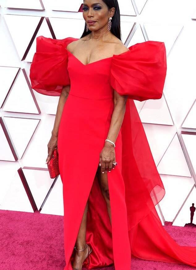 Angela Bassett Oscars 2021 Fashion fountainof30