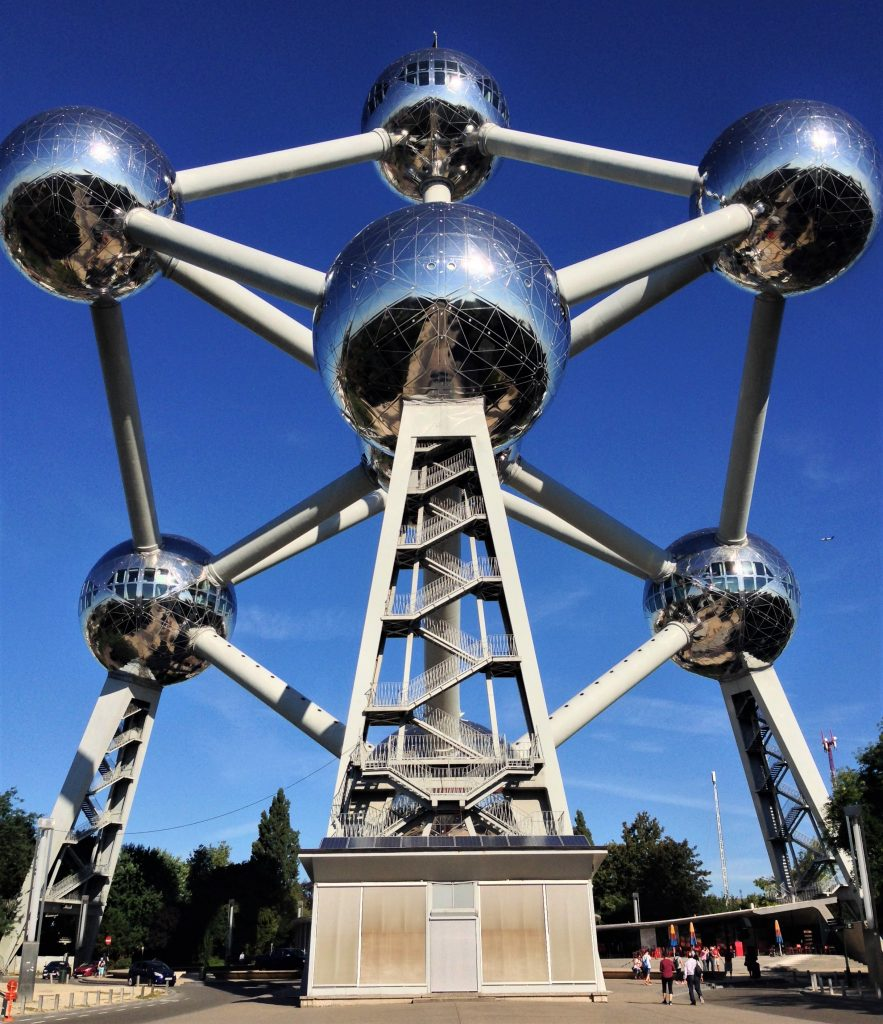 Fountain of Travel 24 Hours in Brussels Atomium