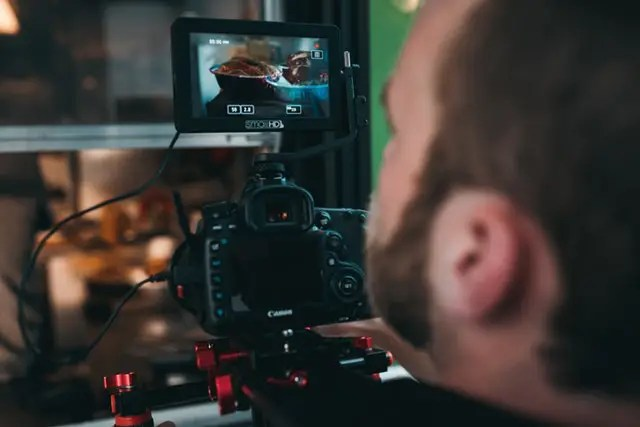 Animationsvideo, eventvideo, on boardingvideo, casevideo, profilvideo og content marketing mm. fra digitalt bureau Founthouse Videoproduktion.