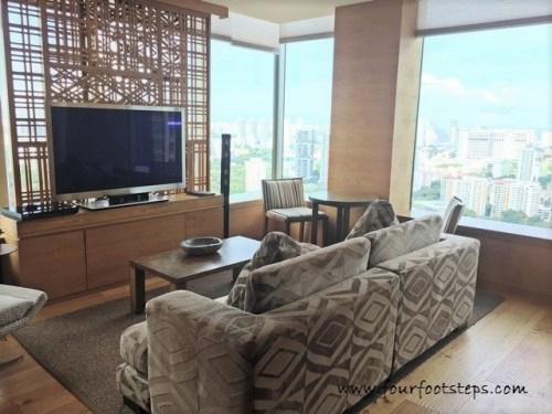 oasia_novena_club_suite_living_room_1.jpg