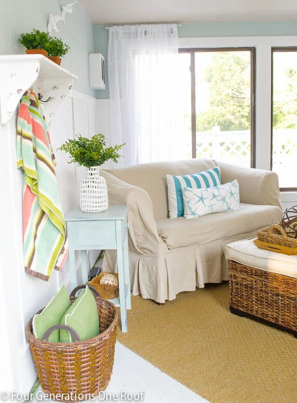 How To Reupholster >> How To Reupholster A Couch No Sew Four Generations One Roof