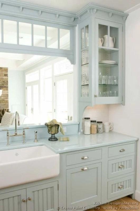 favorite_white_kitchens_blue