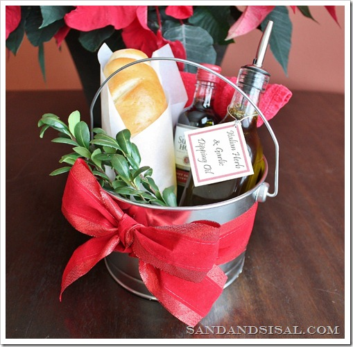 Garlic & Herb Dipping Oil Hostess Gift Pail (2) (1024x1005)[5]