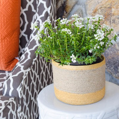 How to paint baskets {hate it then paint it!}