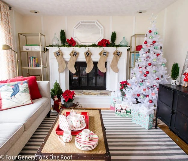 4 generations Christmas Home Tour-6