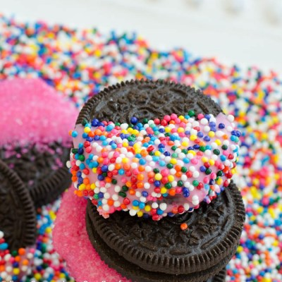 Pink Chocolate Valentines Day Oreo Cookies
