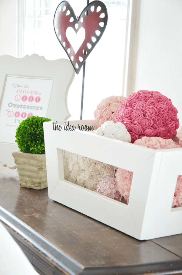 Decorating for Valentine's Day - kissing-ball-crate