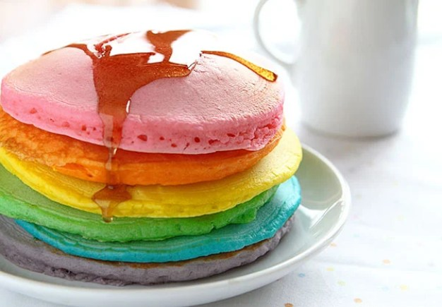 perfect-rainbow-pancakes