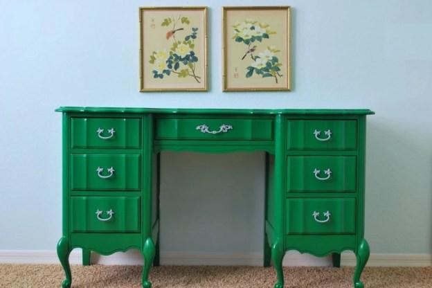 emerald-antique-desk