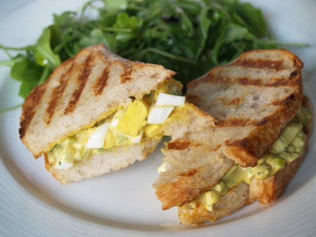 curried-egg-sandwich