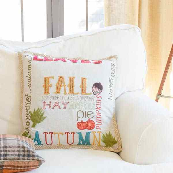 Fall Decorating Ideas {Finding Fall Home Tour 2015} http://www.fourgenerationsoneroof.com/2015/09/fall-decorating-ideas-fall-home-tour-2015.html