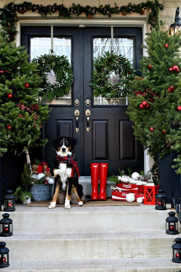 Christmas-porch-with-lanterns-and-dog
