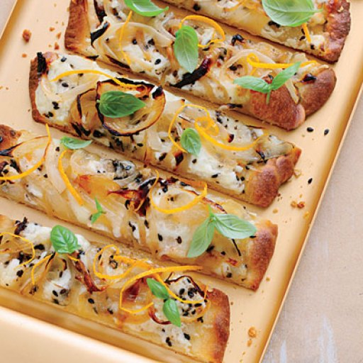 carmelized-onion-flatbreads