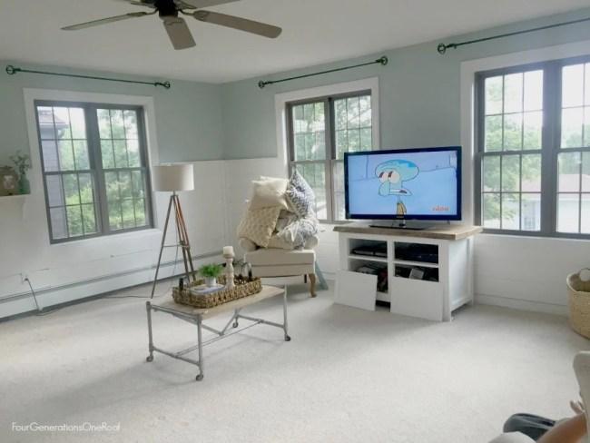 BEST tips for choosing hardwood flooring (new family room project)
