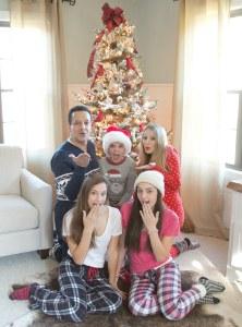 Our family Christmas Pajama Sets {photoshoot}