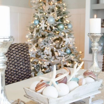 How to make a Coastal Christmas Centerpiece