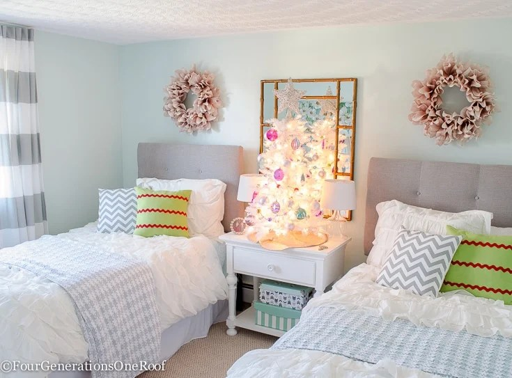 Teen Girl Christmas Bedroom