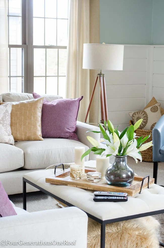 how to decorate with pops of color