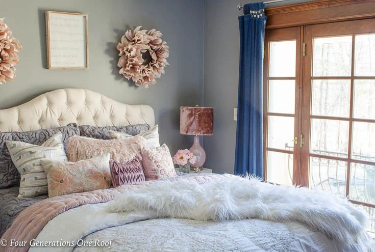 Elegant Teen Girl Queen Bedroom with Fluffy Accents - Four ...
