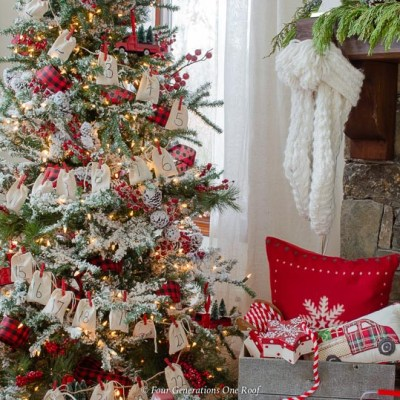30 Minute DIY Advent Tree Garland with Burlap