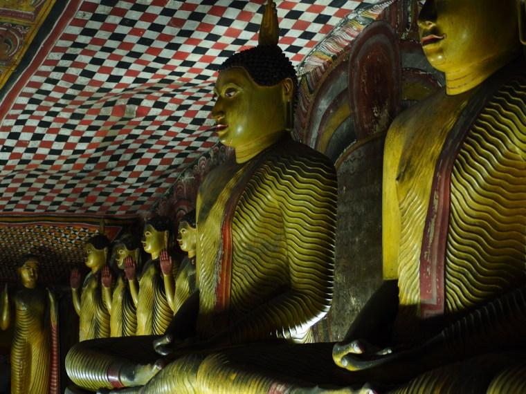 Dambulla Buddha Images