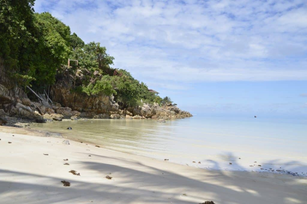 Koh Phangan with Kids - Koh Phangan is a great spot to spent family vacation in Thailand. If you search kid friendly beaches in Thailand, check the beaches in Koh Phangan, they are awesome