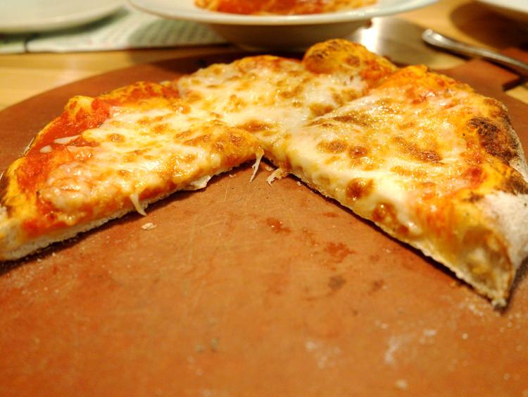 Napa Flats Cheese Pizza