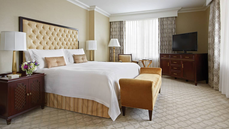 Two Bedroom Hotel Suite In Atlanta Luxury Hotel Four