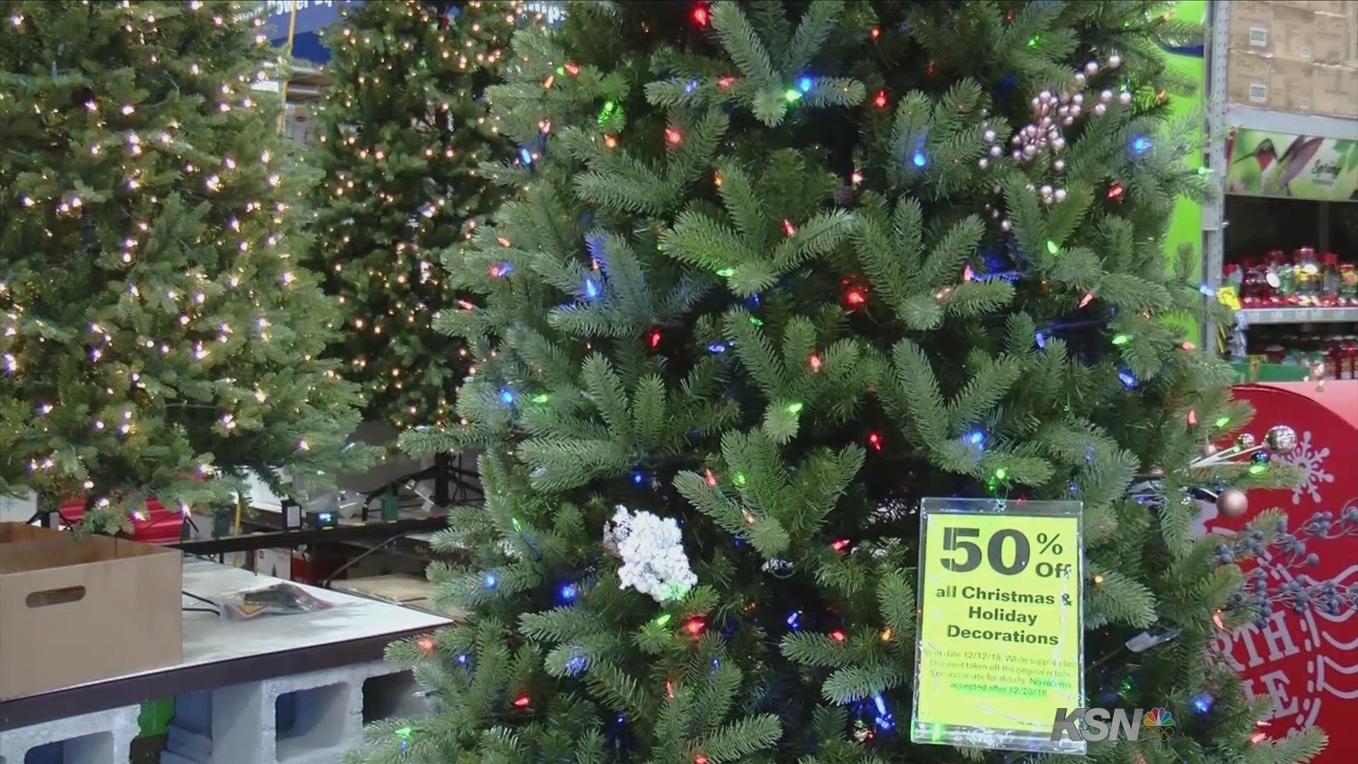 Lowes Christmas Decorations.Lowe S Will Take Your Old Christmas Lights