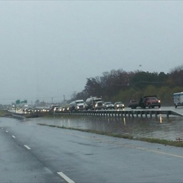 I-30 flooding_-7231270483417480997