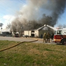Little Rock body shop fire_1236612693367079113