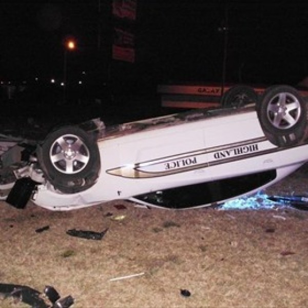 Wrecked Highland Police Vehicle_2620412701968516029